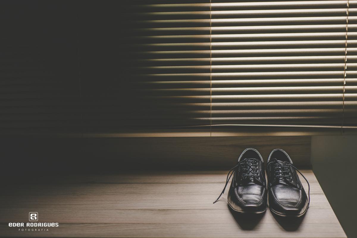 Sapato do noivo,  Ele e Ela aluguel de roupas