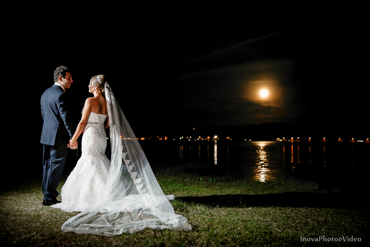 casamento-Antônio-Lais-Lic-Floripa-SC-Brasil-Wedding--olhares-lua-cheia