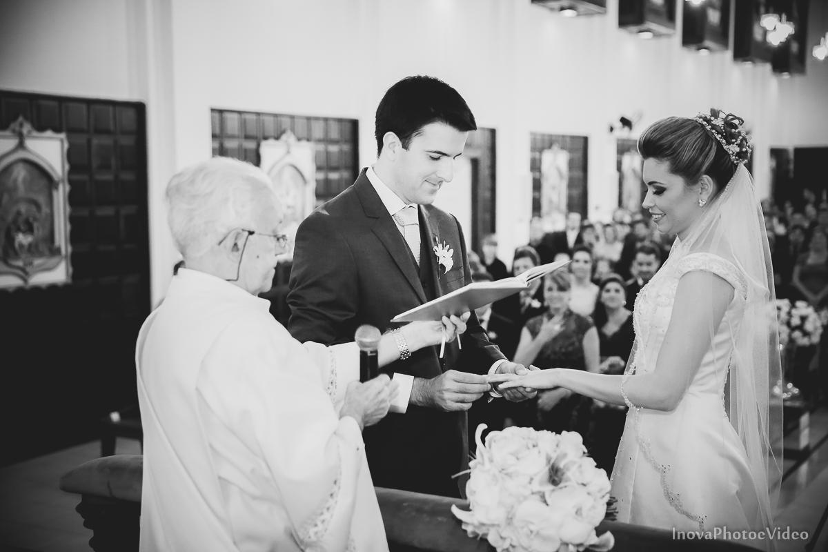 wedding-Magestic-Hotel-Florianópolis-Rodrigo-Silvana-Igreja-Colégio-Catarinense-Fine-Cabelereiros-Inova-Photo-Bride-noivos-casamento-casal-amor-altar-crimonia-votos-aliança