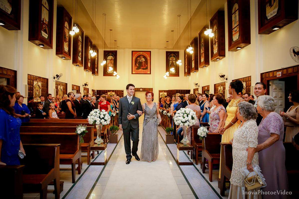 wedding-Magestic-Hotel-Florianópolis-Rodrigo-Silvana-Igreja-Colégio-Catarinense-Fine-Cabelereiros-Inova-Photo-Bride-noivos-casamento-casal-amor-entrada-noivo