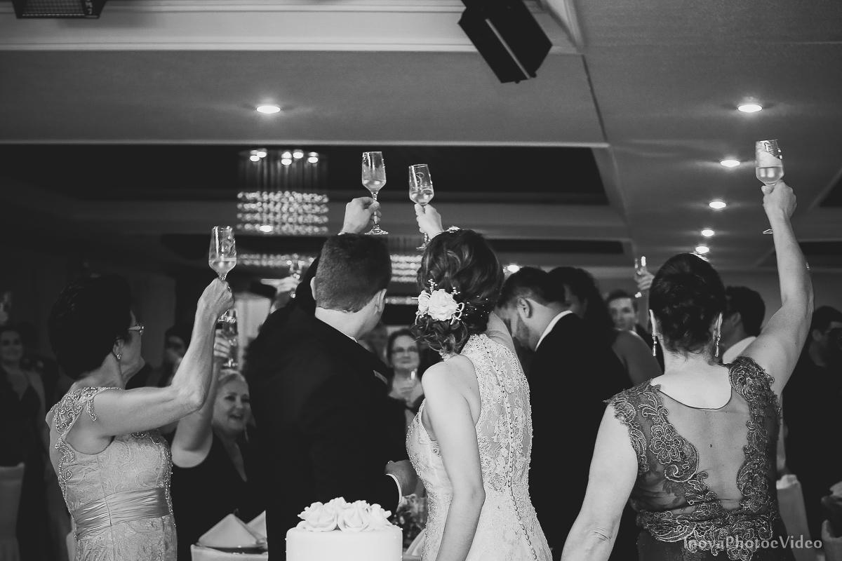 Wedding-Casamento-Photographer-Coracao-de-Jesus-Guaciara-Florianópolis-Ponte-Hercilio-Luz-photo-inova-photo-video-Marcus-Christiane-recepcao-brinde-padrinhos