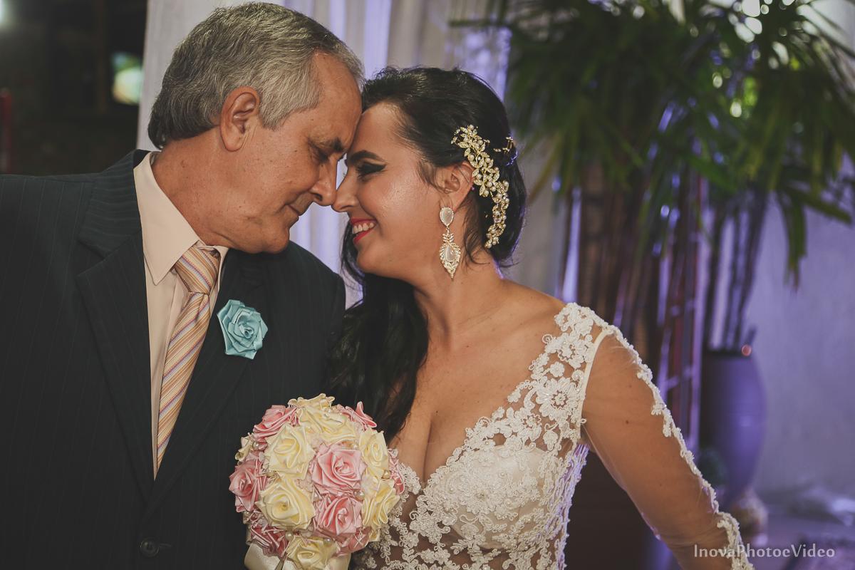 wedding-casamento-Rubnei-Leonara-Sitio-das-Figueiras-Biguaçu-SC-noivos-casados-campo-casa-inova-photo-video-cerimonia-entradas-chegada-noiva-pai