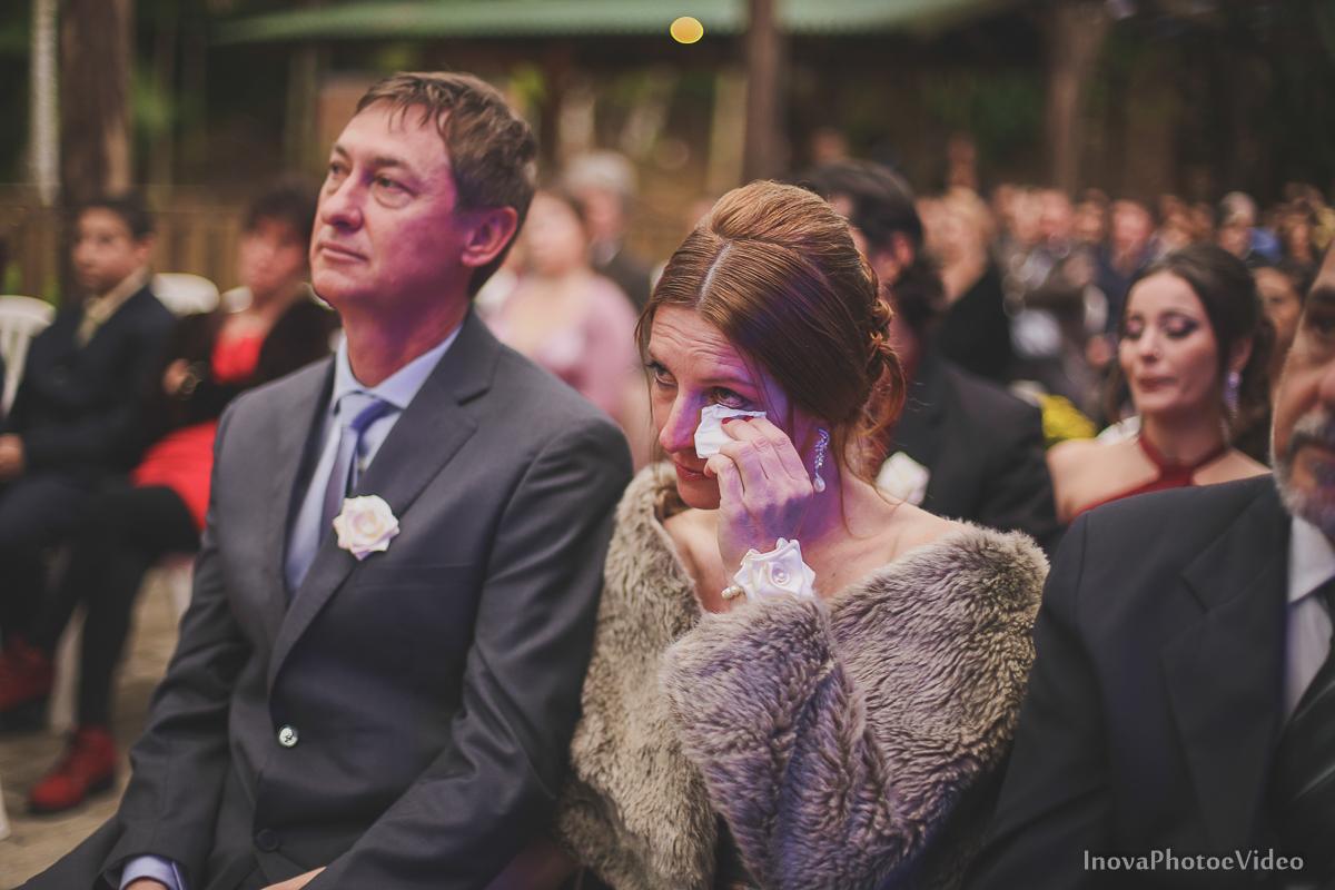 wedding-casamento-Rubnei-Leonara-Sitio-das-Figueiras-Biguaçu-SC-noivos-casados-campo-casa-inova-photo-video-cerimonia-emoção