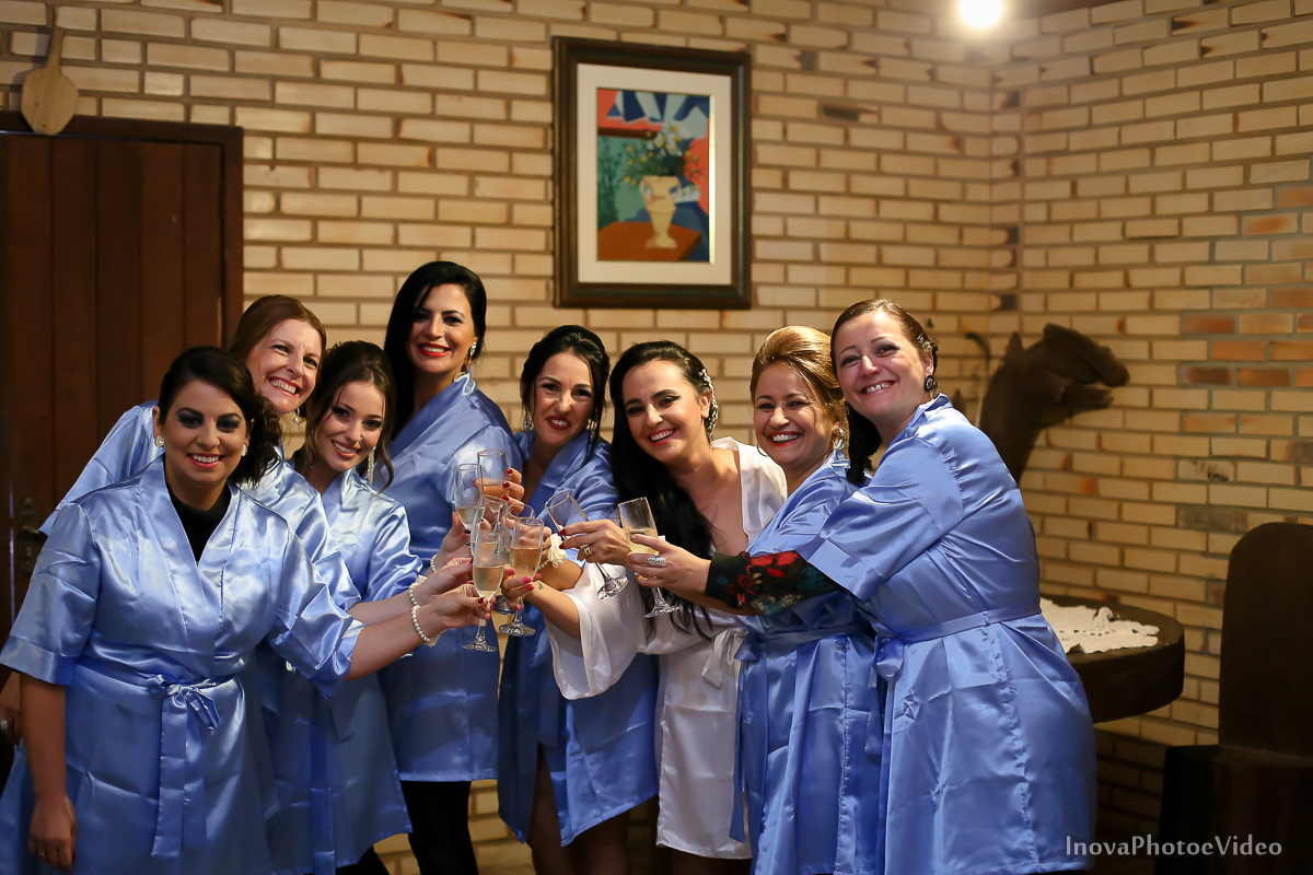 wedding-casamento-Rubnei-Leonara-Sitio-das-Figueiras-Biguaçu-SC-noivos-casados-campo-casa-inova-photo-video-making-of-noiva-madrinhas-brinde-hobby