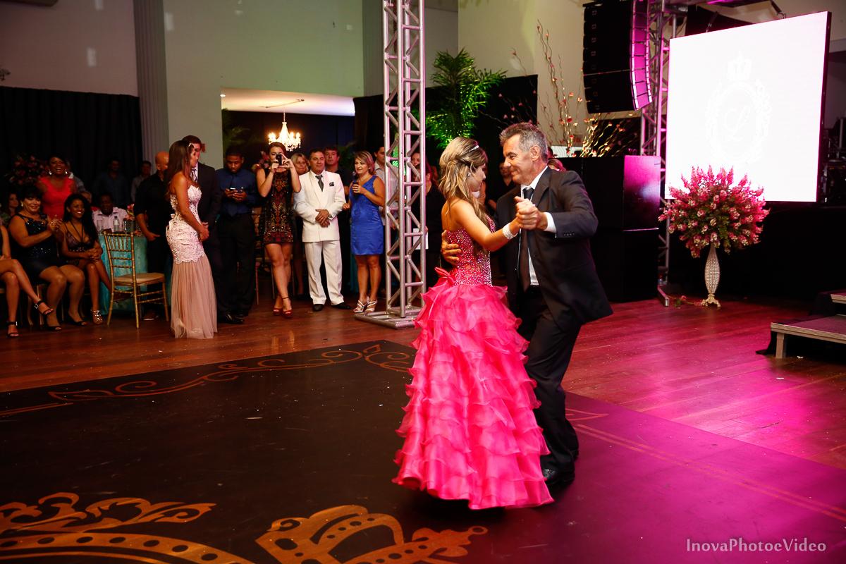 Festa-de-15-anos-Larissa-Mendes-Primeiro-de-Junho-Sao-Jose-SC-Douglas-e-Luciano-Dj-Eduardo-Isaac-teen-Debutante-Inova-Photo-Video-Fotografia-Beleza-moda-recepcao-emocao-valsa