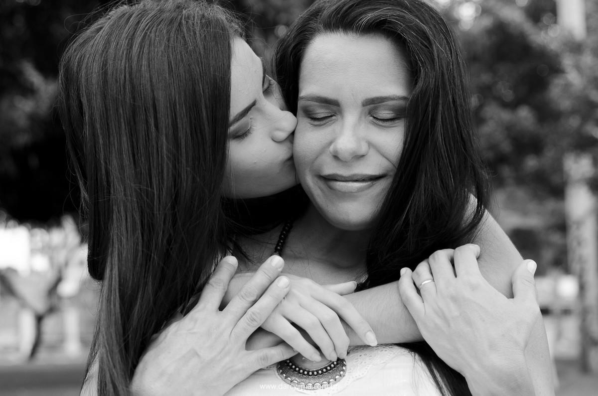 retrato da mãe com a filha mais velha