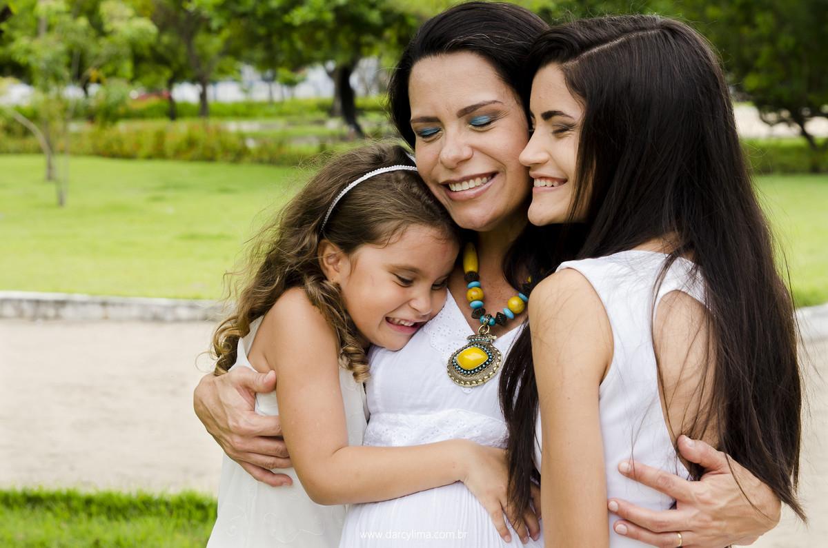 retrato da mãe com aa filhas