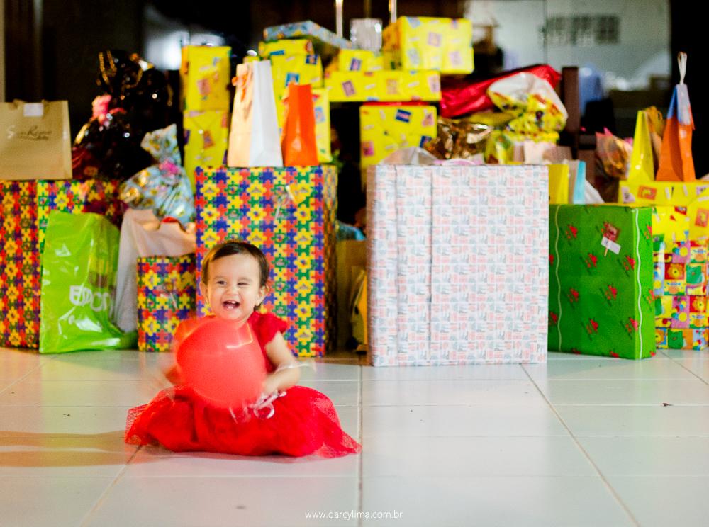 aniversariante e seus presentes