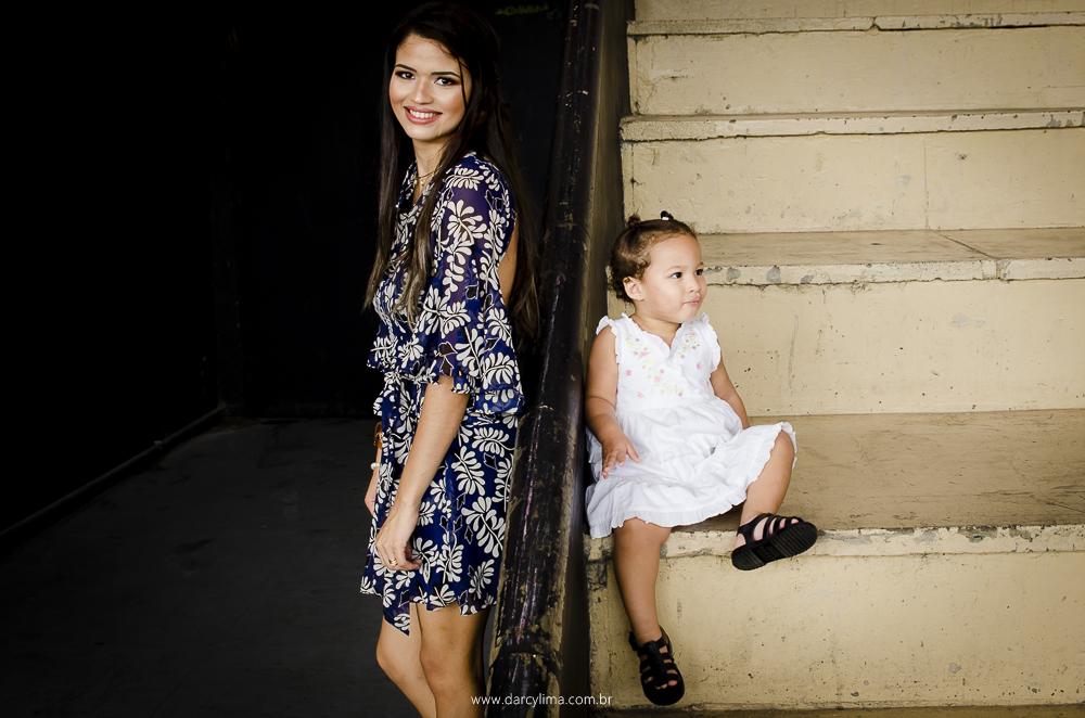Mae e filha no teatro de Arena no espaço cultural
