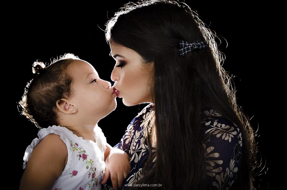 Lindo beijo entre mae e fila