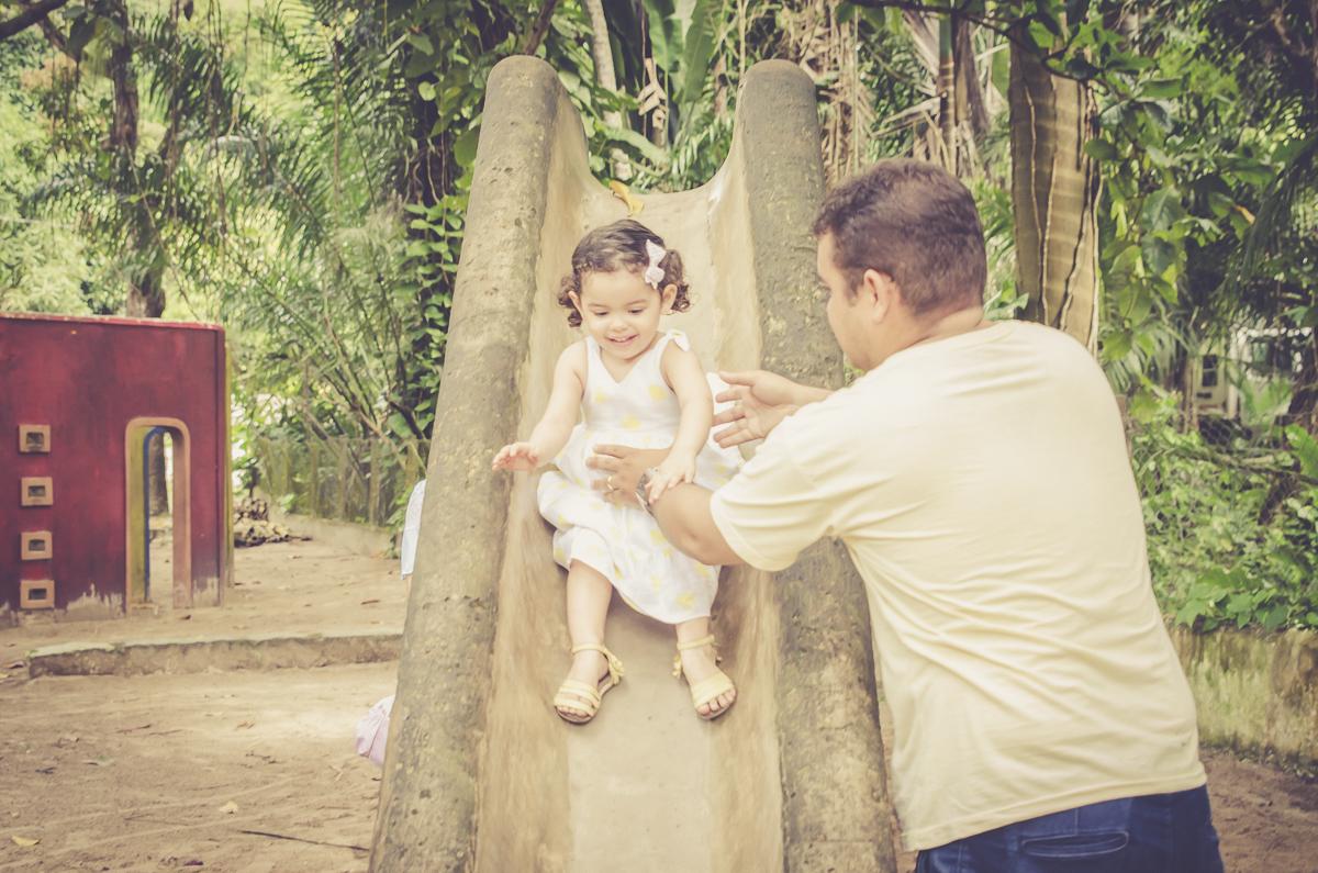 pai e filha no escorrego