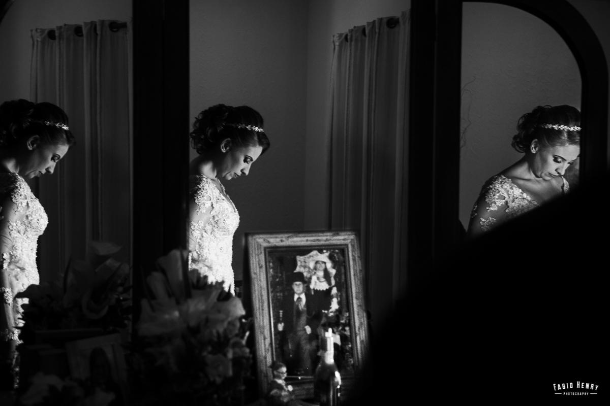 reflexos da noiva no espelho