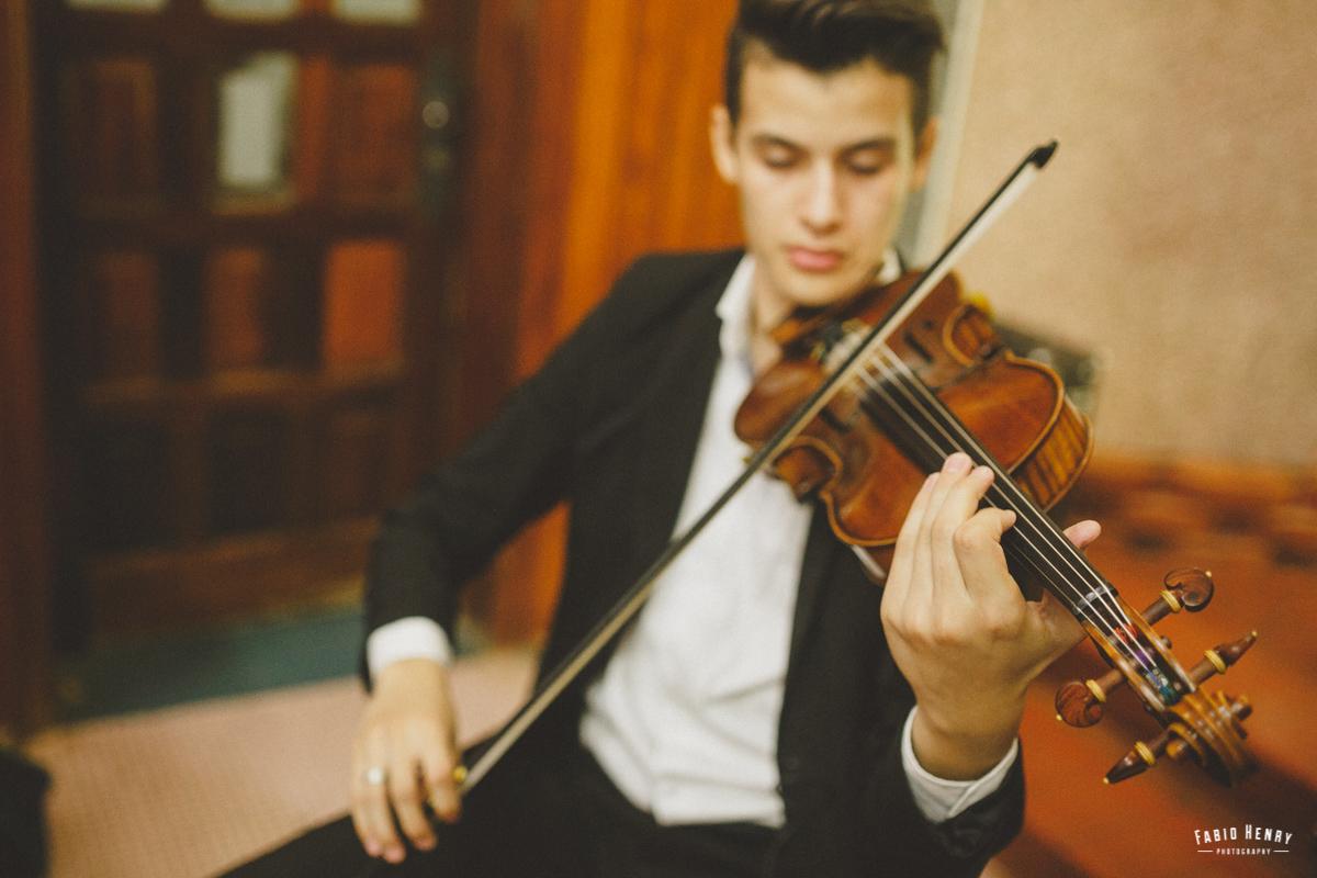 violonista no casamento