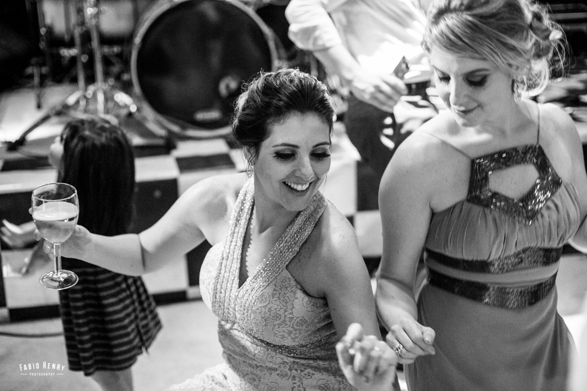 convidados dança até o chão
