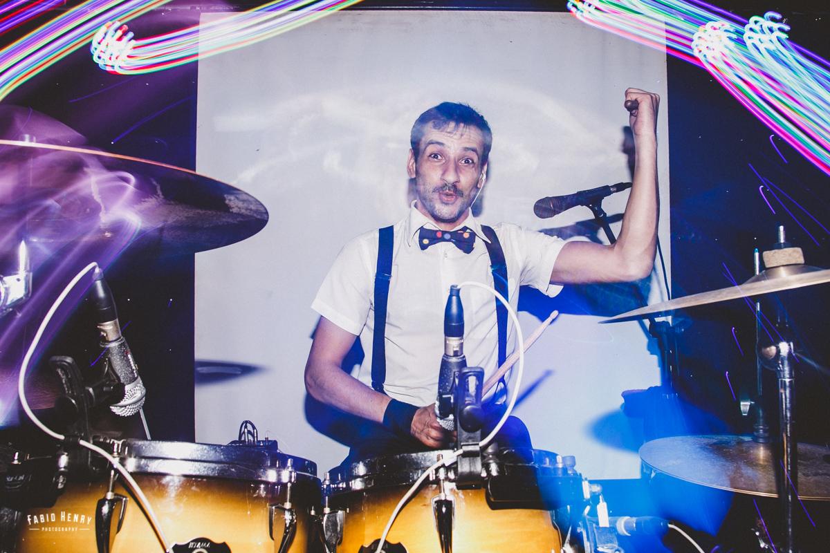 banda tocando no casamento