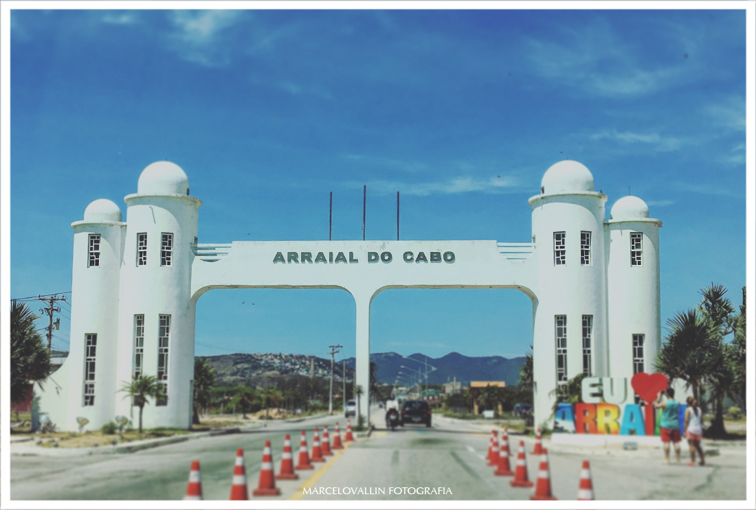 Foto do Portal de Arraial do Cabo
