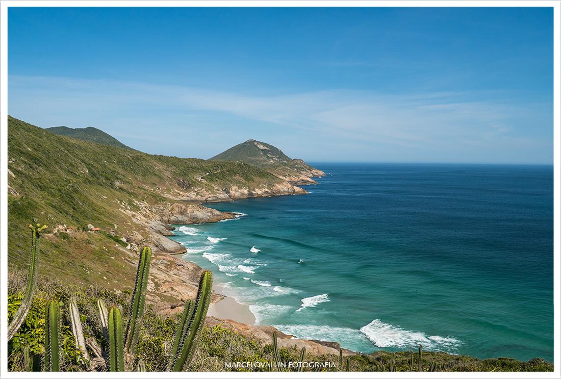Foto da Praia brava em Arraial do cabo