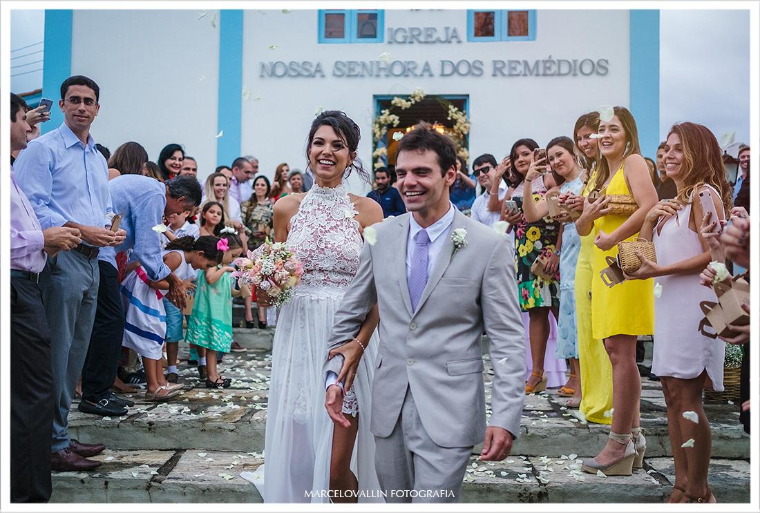 Casamento na praia - Arraial do cabo, saída dos noivos