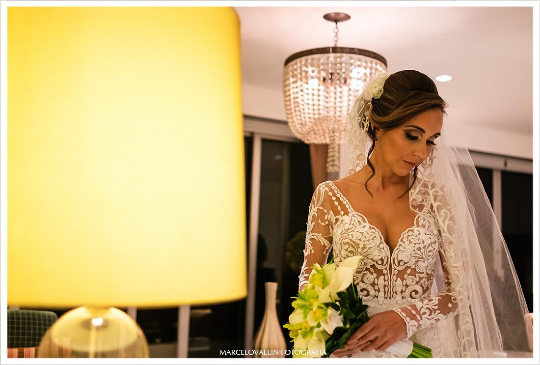 Noiva com vestido Carol Hungria