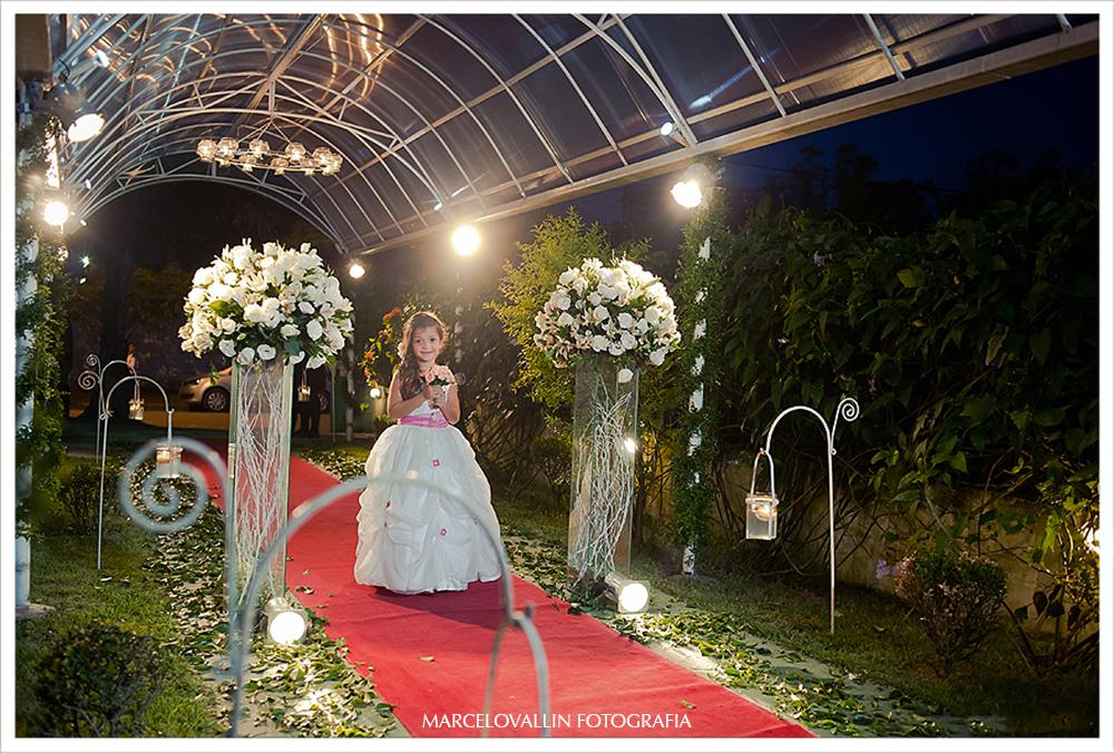 Foto de daminha - cerimonia de Casamento
