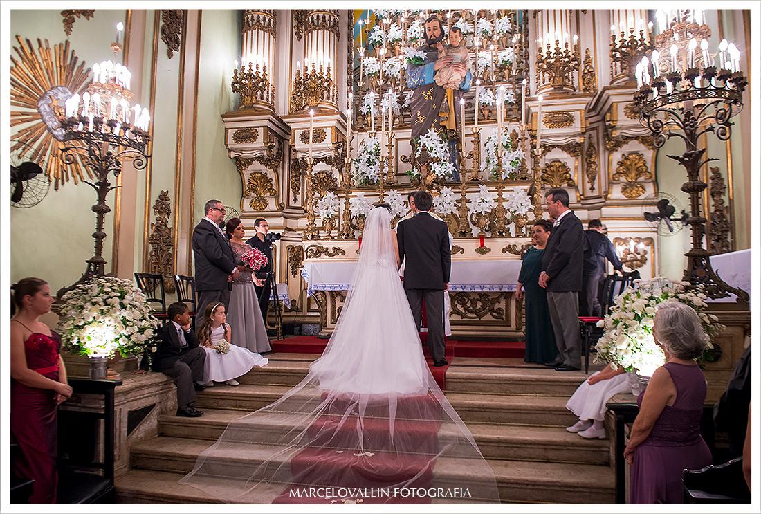 foto de casamento - Noivos em sua cerimonia