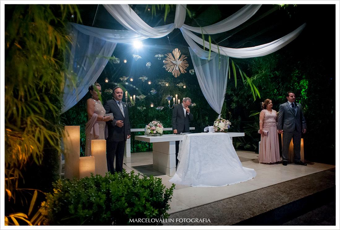 Foto de cerimonia de Casamento RJ - Entrada da Noiva - Casa das Canoas