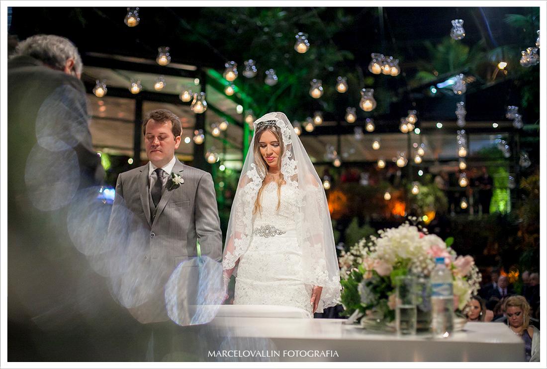 Fotos de Casamento RJ - Noivos Casa das Canoas