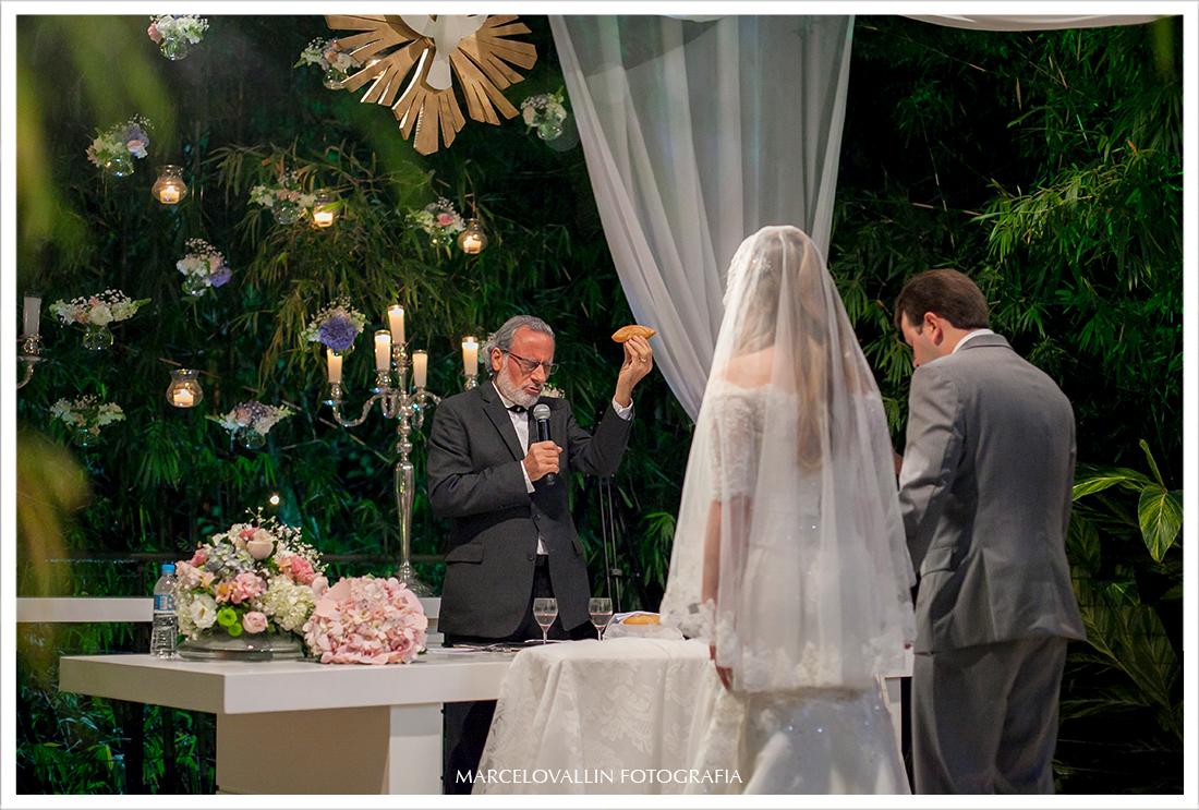 Foto de cerimonia de Casamento RJ - Casa das Canoas