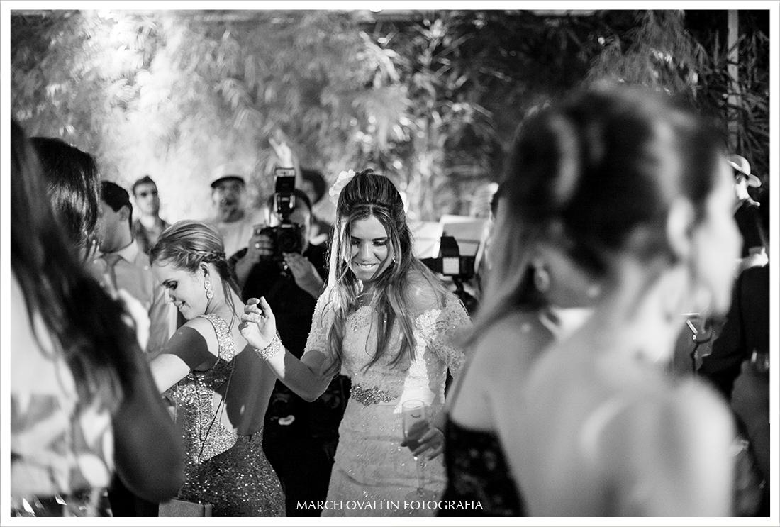 Foto de Casamento RJ - Noiva na pista de dança