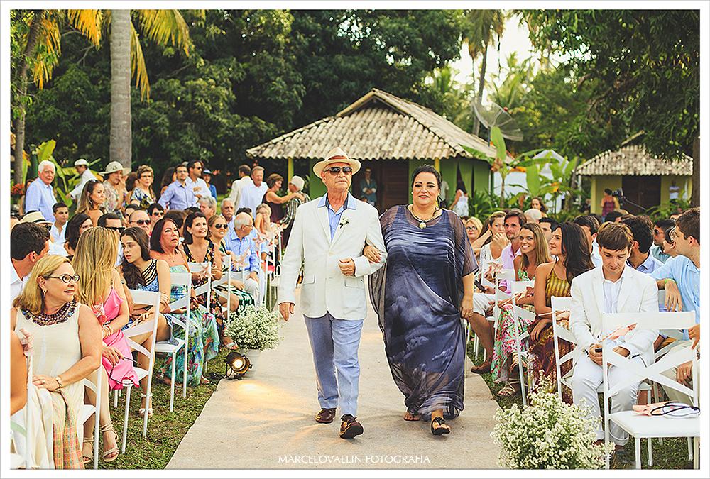 Fotografia de Casamento - Entrada dos pais do noivo - Praia dos Carneiros PE
