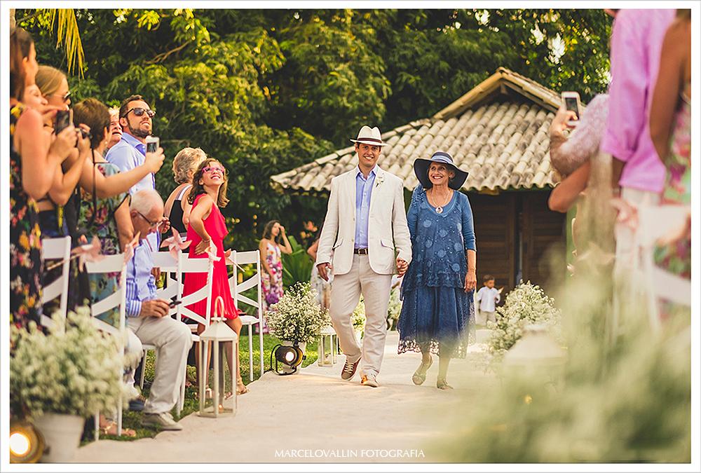 Fotografo de Casamento RJ - entrada do noivo - Praia dos Carneiros PE