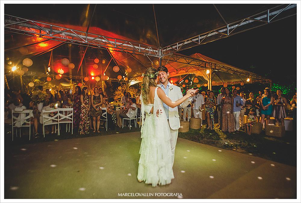 Fotografia de Casamento - dança dos noivos - Praia dos Carneiros PE