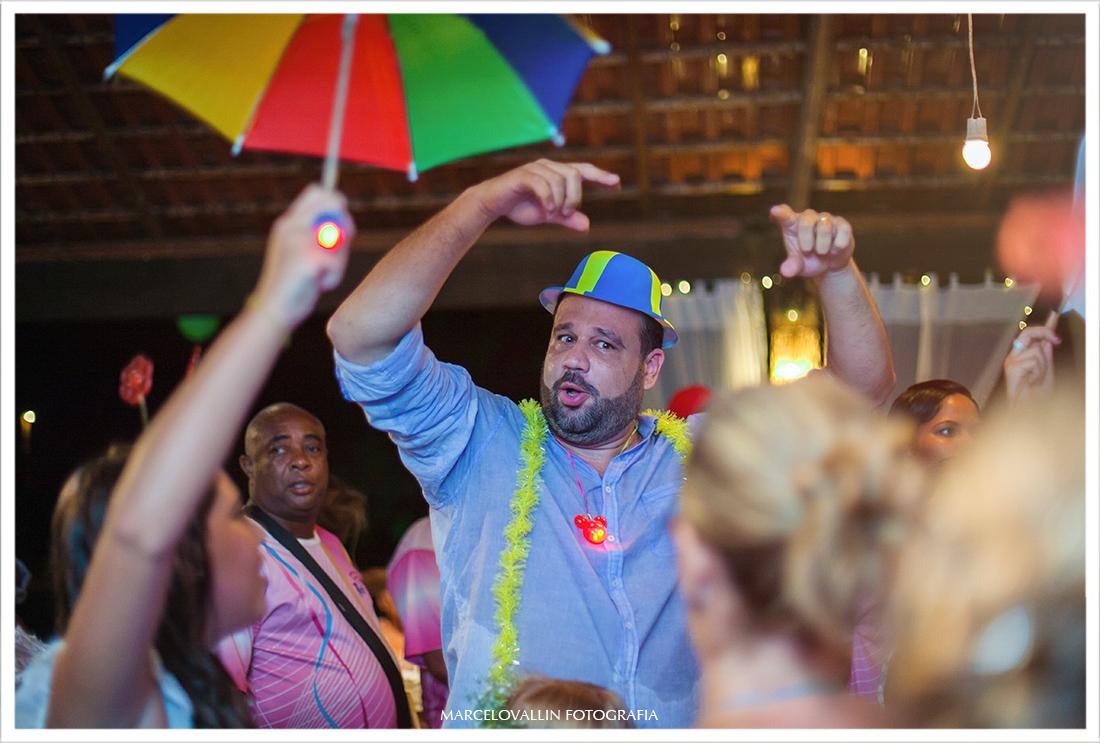 Fotos noivo dançando em festa de casamento Sítio Veredas