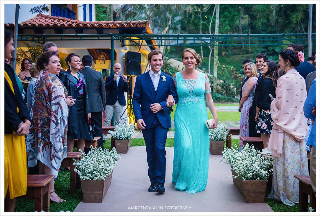 Fotografia de Casamento Petrópolis - Entrada do noivo