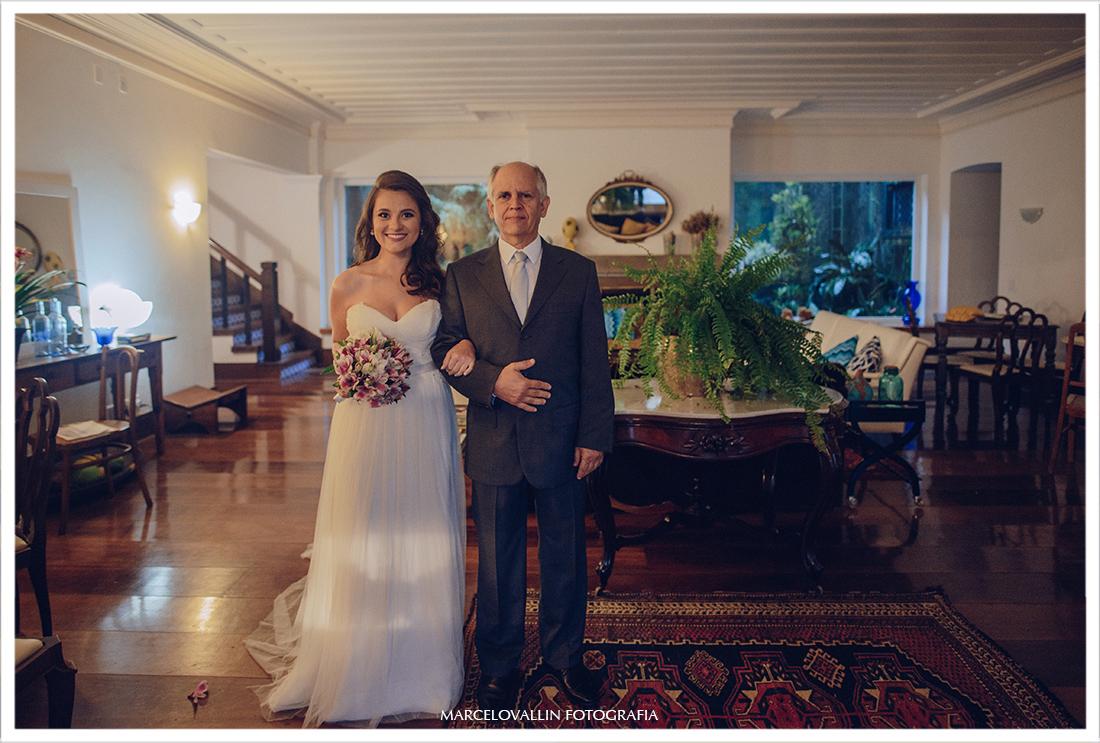 Foto de Casamento Petrópolis - noiva com pai