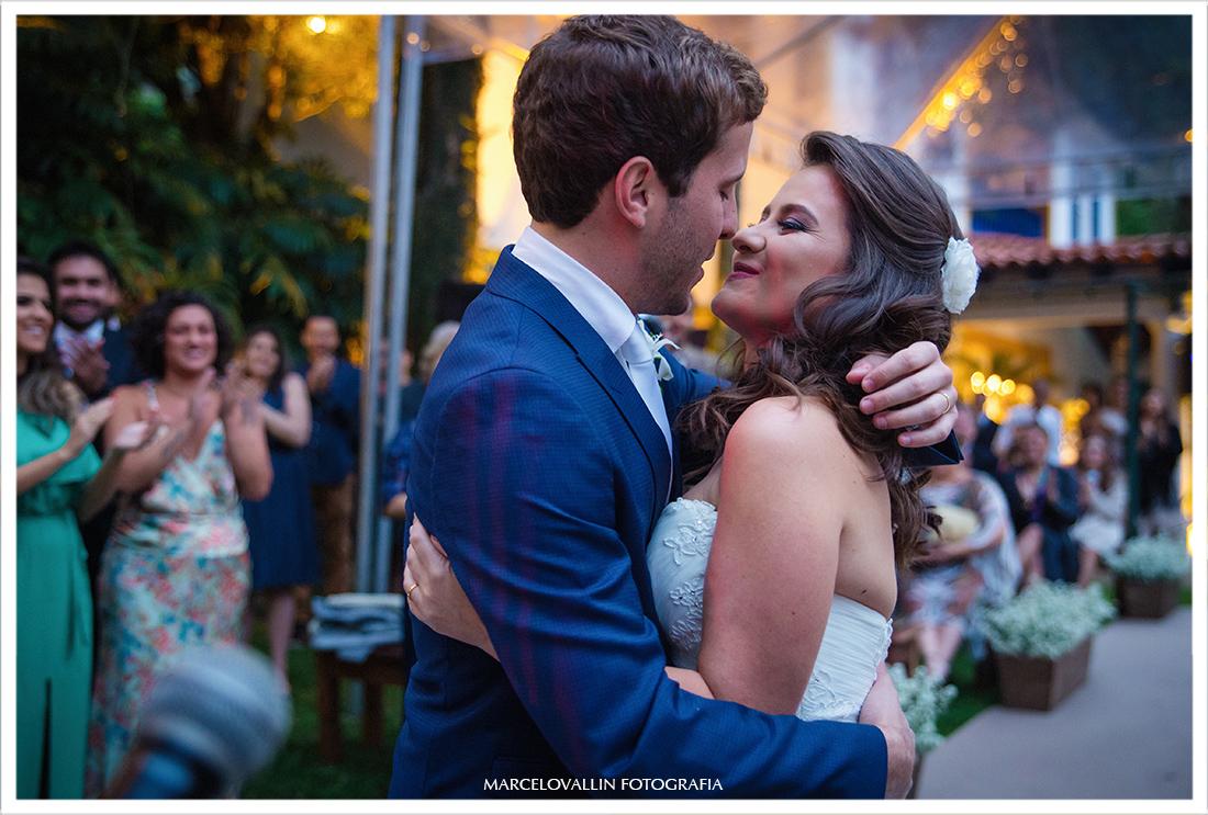 Fotografia de Casamento Petrópolis - Beijo dos noivos