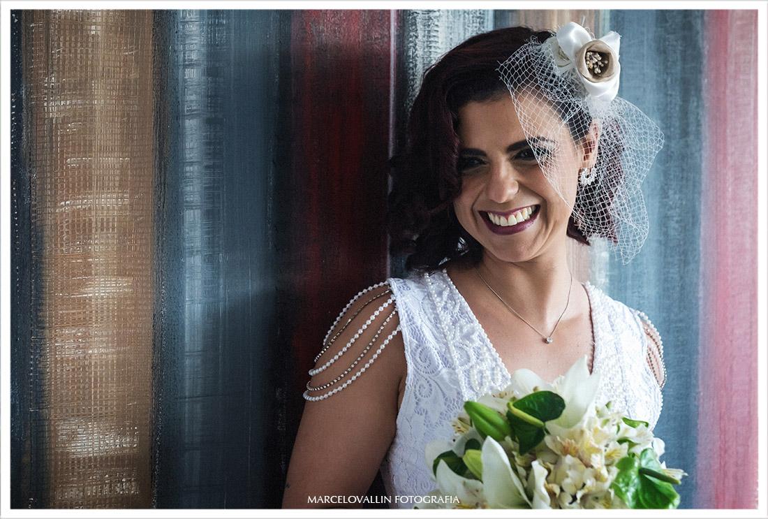 Fotografa da Noiva sorrindo no making of