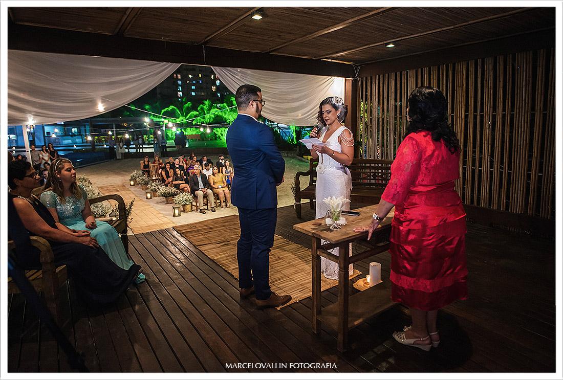 Foto dos votos da noiva na cerimonia de casamento rj