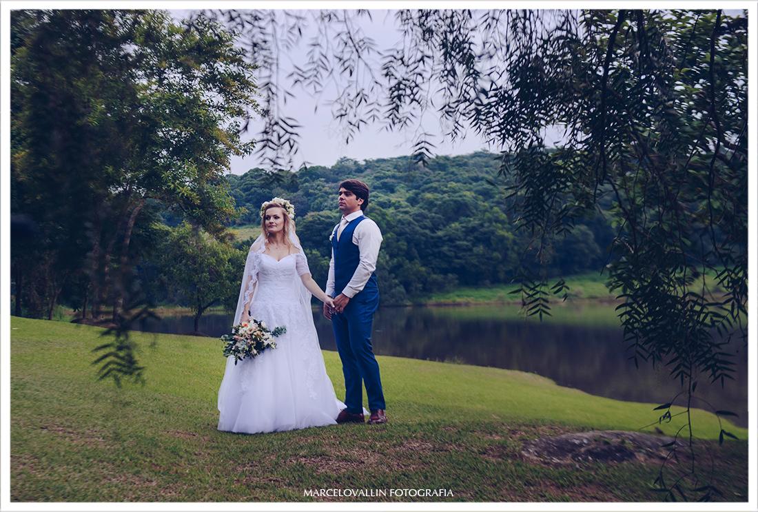 Foto de Ensaio pós casamento ao ar livre