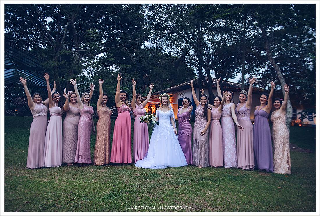 Foto da noiva com as madrinhas SP