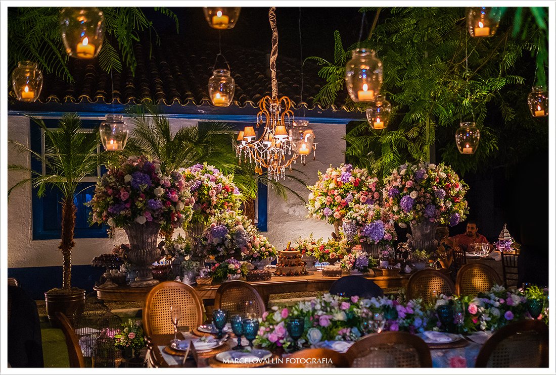 Fotografia de decoração casamento no campo