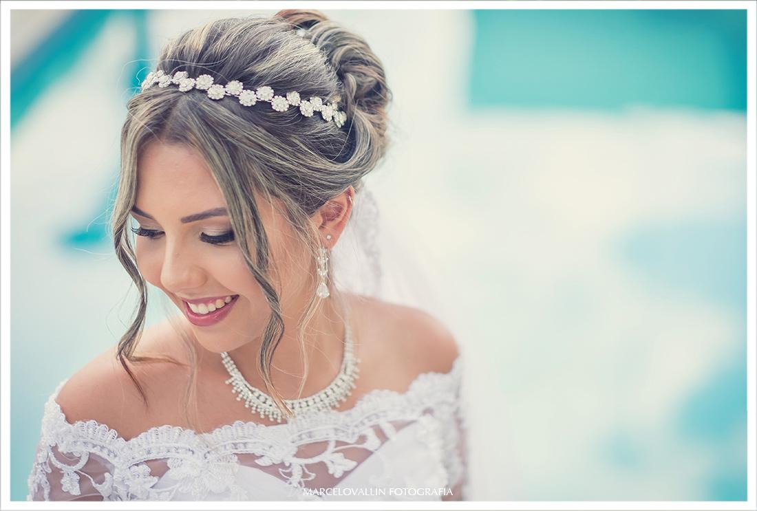 Foto da Noiva com vestido antes da Cerimônia