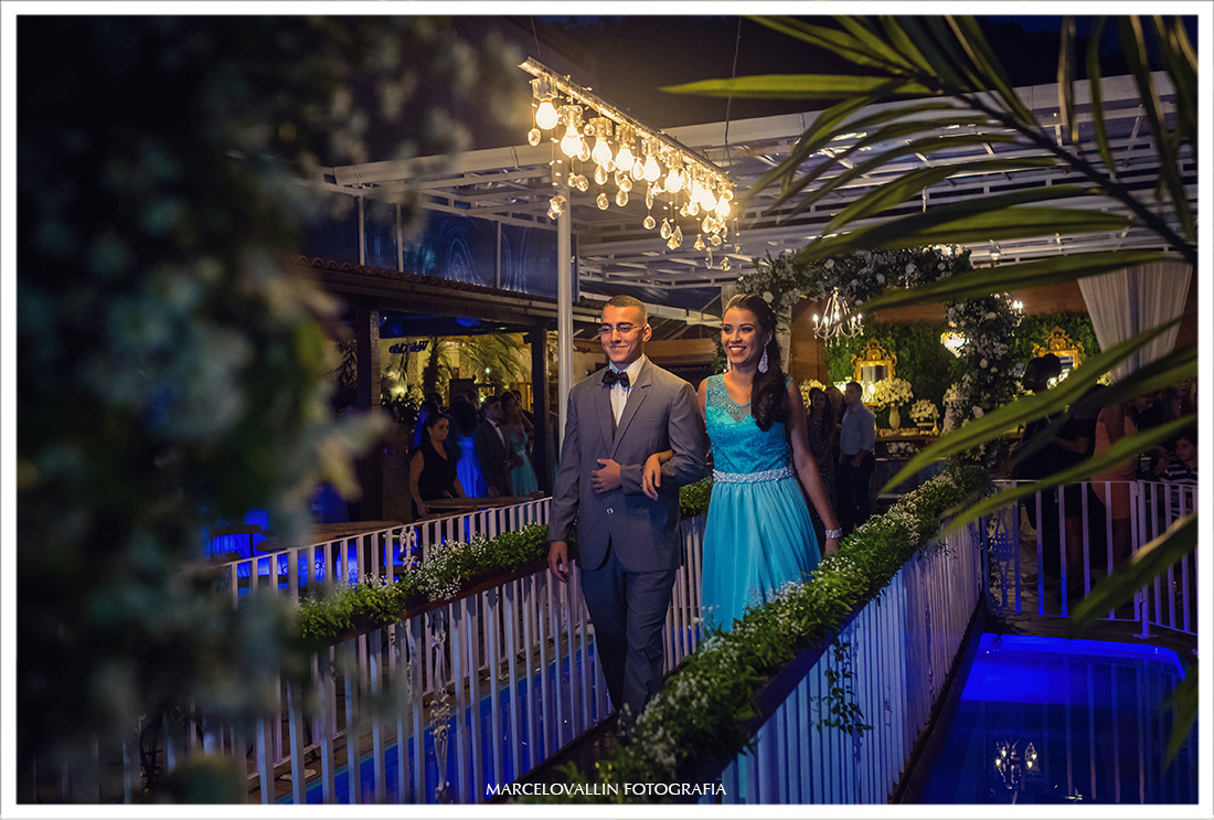 Padrinhos entrando na cerimônia de Casamento