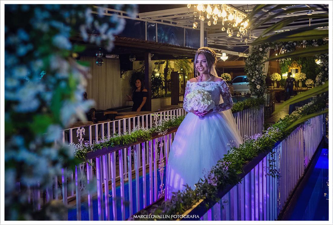 Fotografia de Casamento RJ - Noiva entrando na cerimônia