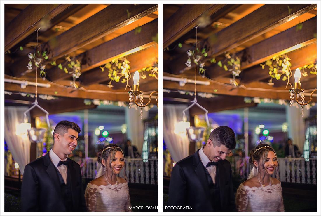 Noivo rindo na Cerimonia de Casamento