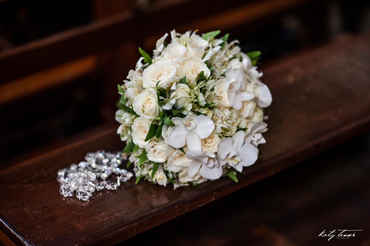 bouquet da noiva, bouquet de flores, bouquet, rosário da noiva, rosário, katy tesser,katy tesser fotografa,katy tesser fotografia,katy tesser fotografo de casamento,katy tesser fotografa de casamento,casamento de dia,wedding,casamento de dia,pre wedding,e