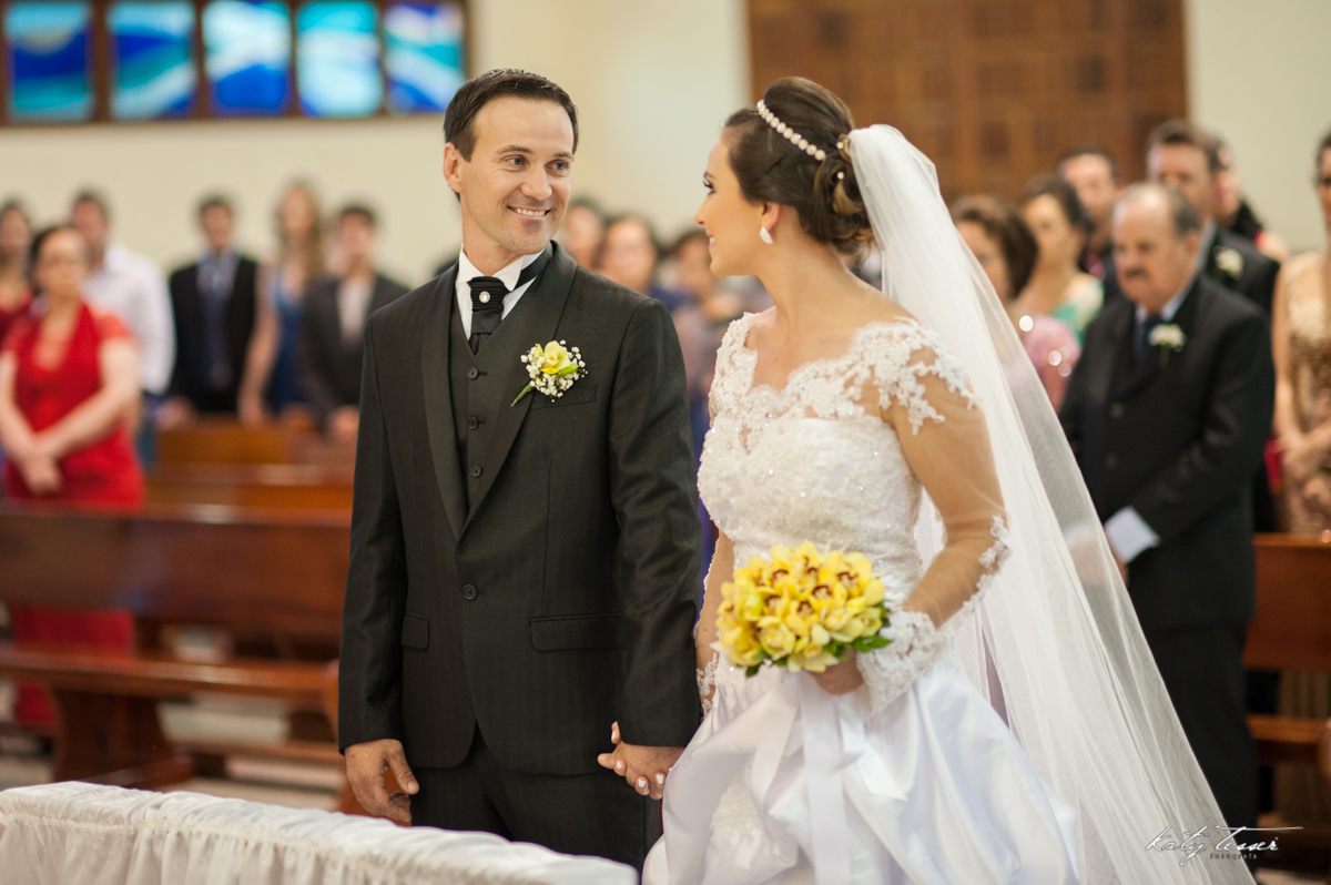 entrada da noiva, bouquet de noiva, bouquet, vestido de noiva, casamento claudia e marcio, casamento quedas do iguaçu, katy tesser,katy tesser fotografa,katy tesser fotografia,katy tesser fotografo de casamento,katy tesser fotografa de casamento,casamento