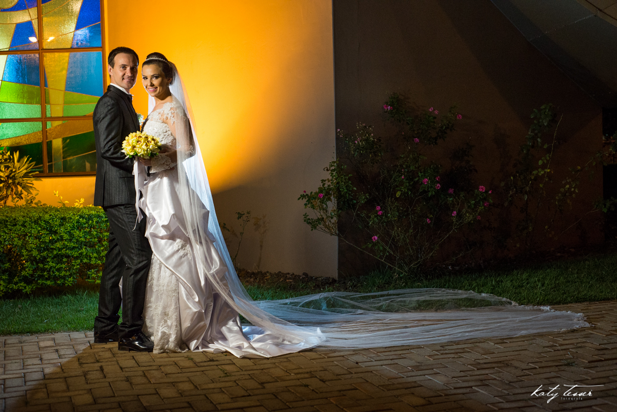 sessão de fotos, sessão dos noivos, vestido de noiva, veu da noiva, veu de noiva,katy tesser,katy tesser fotografa,katy tesser fotografia,katy tesser fotografo de casamento,katy tesser fotografa de casamento,casamento de dia,wedding,casamento de dia,pre w