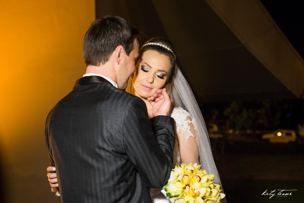 essão de fotos, sessão dos noivos, vestido de noiva, veu da noiva, veu de noiva,katy tesser,katy tesser fotografa,katy tesser fotografia,katy tesser fotografo de casamento,katy tesser fotografa de casamento,casamento de dia,wedding,casamento de dia,pre we