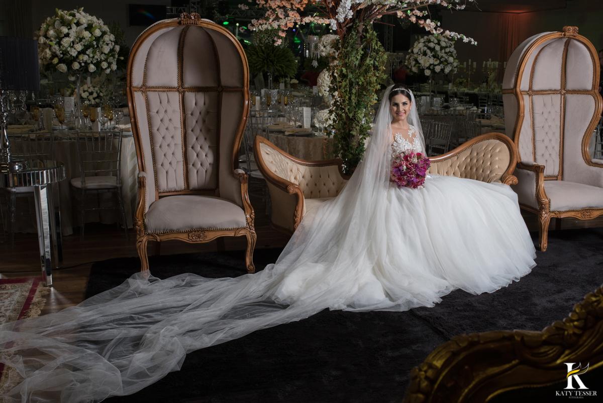 katy tesser, fotografo, noiva, noivo, casamento, vestido, bouquet, decoração, festa, cerimonia, igreja, fotografia, fotos, criativas